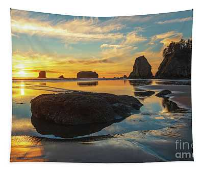 Coastal Sunset Pool Of Radiance Tapestry