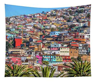 Colorful Walls Of Valparaiso Tapestry