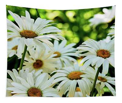Daisy Patch In Shade Tapestry