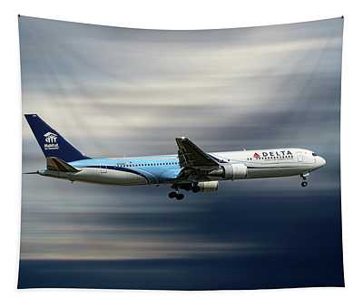 Delta Air Lines Boeing 767-332 Tapestry