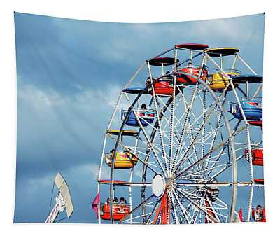Ferris Wheel And Rides Tapestry