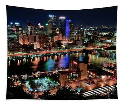 Full City View In Pittsburgh Tapestry