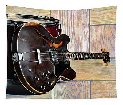Gibson Guitar Image And Drum 1744.007 Tapestry