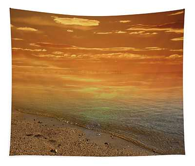 Golden Morning By The Dreamland Seashore Tapestry