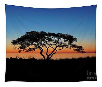 Graduated Sunrise Silhouette Tapestry