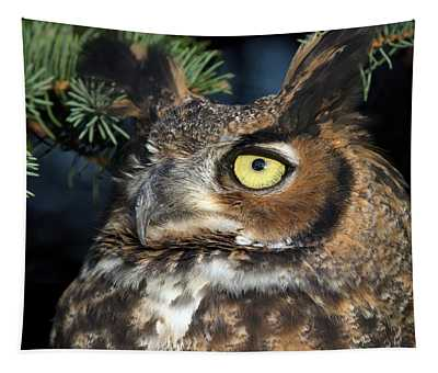 Great Horned Owl 10181801 Tapestry