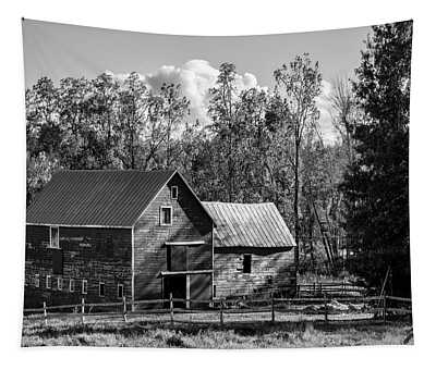 Hudson Valley Ny Countryside Bw Tapestry