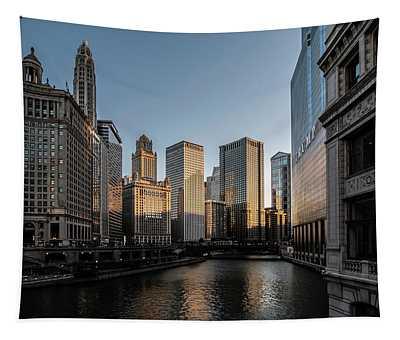 Last Bit Of Sun Hitting Chicago Skyscrapers Tapestry