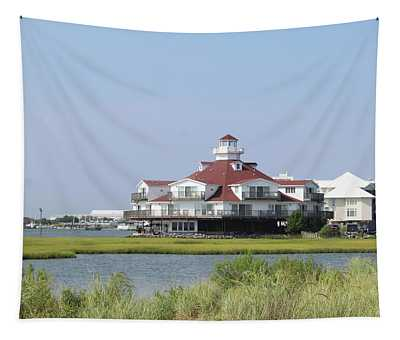 Lighthouse Club Hotel Tapestry
