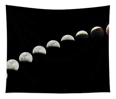 Lunar Eclipse Super Blood Wolf Moon  Tapestry