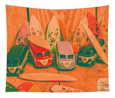 Modelling A Surfing Vacation Tapestry