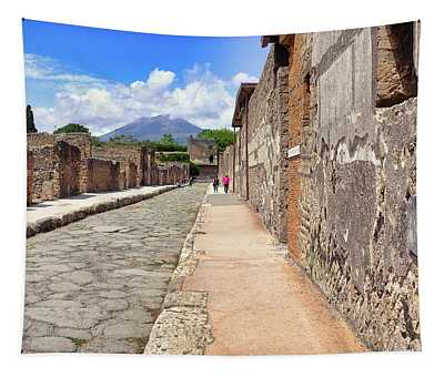 Mount Vesuvius And The Ruins Of Pompeii Italy Tapestry