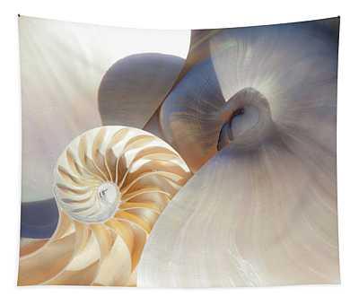 Nautilus 0442 Tapestry