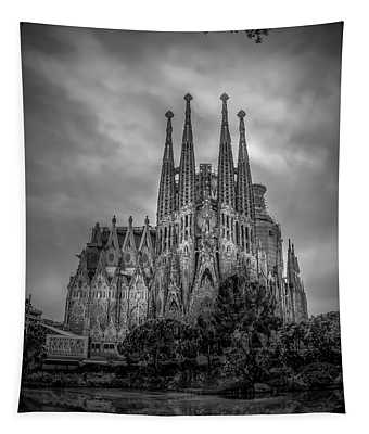 Sagrada Familia In Barcelona, Spain 2016 Bw Tapestry
