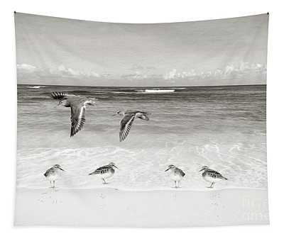 Sandpiper Party Bw Tapestry
