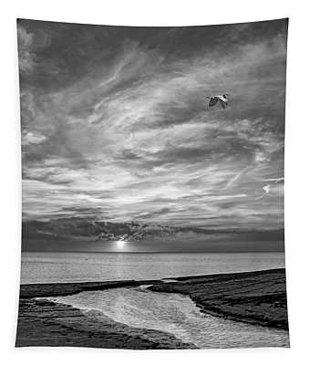 Sauble Beach Sunset - Heading Home Bw Tapestry