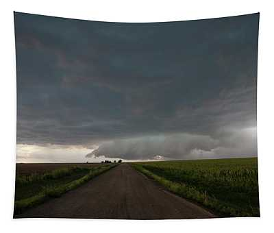 Storm Chasin In Nader Alley 025 Tapestry