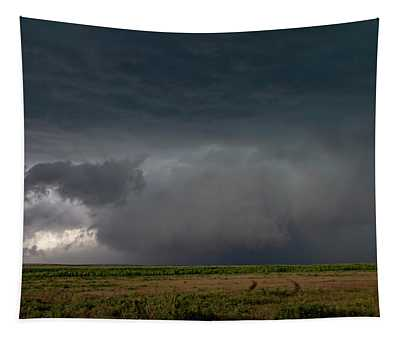 Storm Chasin In Nader Alley 030 Tapestry