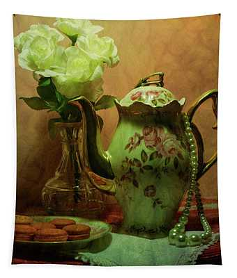 Vintage Romance Tapestry
