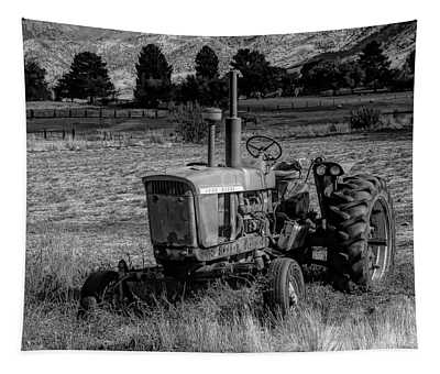 Vintage Tractor In Honeyville Bw Tapestry