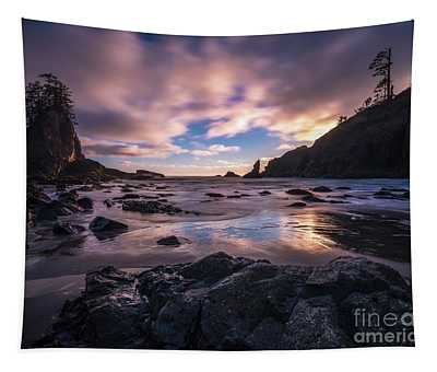 Washington Coast Skies Blue Clarity Tapestry