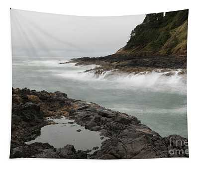 Waves  And Rocks  Tapestry