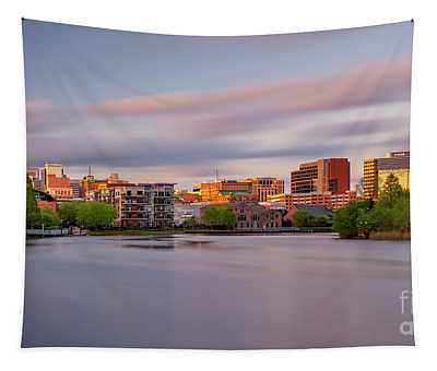 Wilmington De At Sunset Tapestry