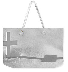 Weekender Tote Bag featuring the photograph The Grave Of Bobby Kennedy by Cora Wandel