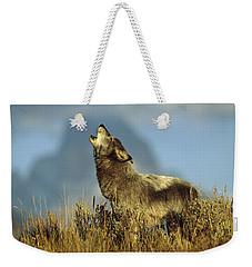 Timber Wolf Howling Idaho Weekender Tote Bag