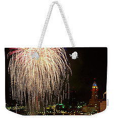 21l106 Red White And Boom Fireworks Photo Weekender Tote Bag