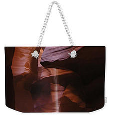 Weekender Tote Bag featuring the photograph Antelope Canyon With Light Beam by Alan Socolik