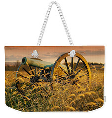 Weekender Tote Bag featuring the photograph Antietam Maryland Cannon Battlefield Landscape by Paul Fearn