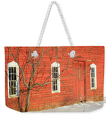 Weekender Tote Bag featuring the photograph Barnwall In Winter by Rodney Lee Williams