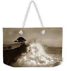 Big Wave Hitting The Lone Cypress Tree Pebble Beach California 1916 Weekender Tote Bag