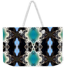 Weekender Tote Bag featuring the photograph Cali Beach by Cathy Shiflett