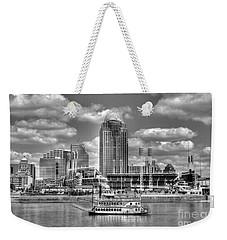 Cruising By Cincinnati 4 Bw Weekender Tote Bag