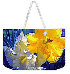 Weekender Tote Bag featuring the photograph Daffodils 1 by Pamela Cooper