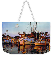 Weekender Tote Bag featuring the photograph Daytona Sonny Boy And Miss Hazel by Tom Jelen