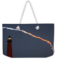 Weekender Tote Bag featuring the photograph Discovery Sunset Plume by Paul Rebmann