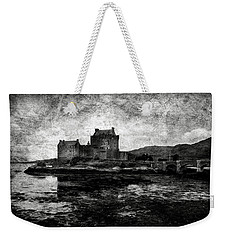 Eilean Donan Castle In Scotland Bw Weekender Tote Bag