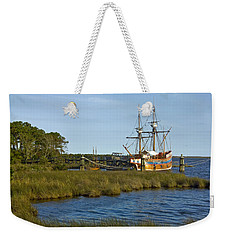 Weekender Tote Bag featuring the photograph Elizabeth II In Port  by Greg Reed