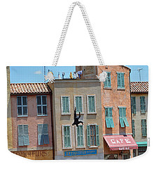Weekender Tote Bag featuring the photograph Freefall by Robert Meanor
