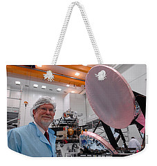 Weekender Tote Bag featuring the photograph George F. Smoot With Planck Obs. Mirrors by Science Source