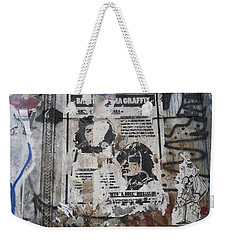 Graffiti In New York City Che Guevara Mussolini  Weekender Tote Bag by Anna Ruzsan