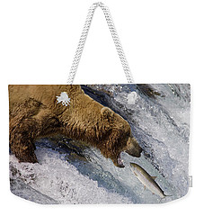 Grizzly Bear Catching Salmon Weekender Tote Bag