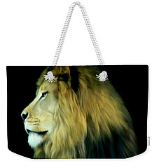 Weekender Tote Bag featuring the photograph Majestic King by Maria Urso