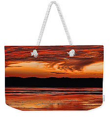 Weekender Tote Bag featuring the photograph Mississippi River Sunset by Don Schwartz