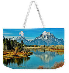 Weekender Tote Bag featuring the photograph Oxbow Autumn by Benjamin Yeager