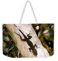 Weekender Tote Bag featuring the photograph Puerto Rico Lizard by Daniel Sheldon