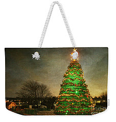 Rockland Lobster Trap Christmas Tree Weekender Tote Bag